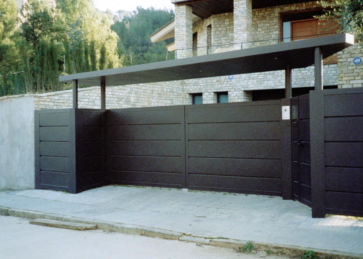 Puertas cancelas de hierro finest ver fotos with puertas - Cancelas de hierro ...