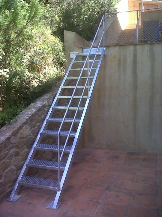Escaleras for Escalera exterior de hierro