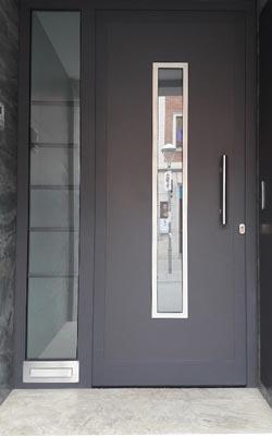 Puertas de entrada de aluminio vilanova i la geltr - Puerta balconera aluminio ...