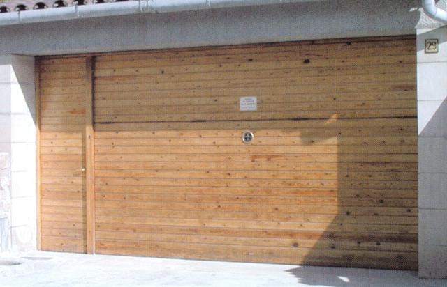 Precios puertas de garaje cheap puerta basculante garaje for Precios puertas de garaje hormann