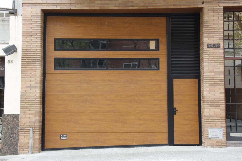 Garaje - Puerta de garaje seccional ...